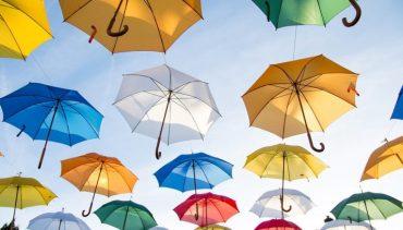 umbrellas-1281751_960_720-715x408